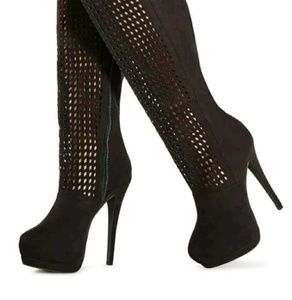 Luxe By JustFab